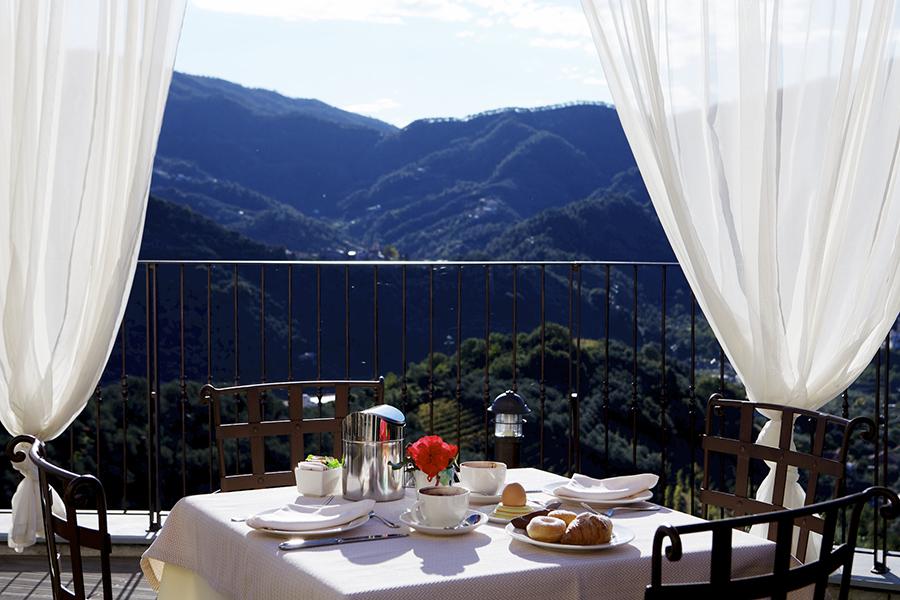 Costa di Faraggiana_colazione.jpg